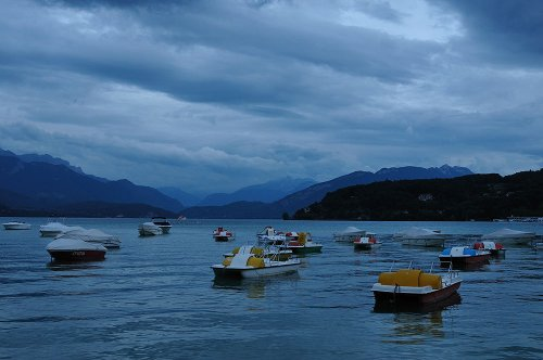 s-dark-lake-annecy-2305-a